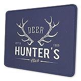Gaming-Mauspad Custom Design, Deer Hunters Club Logo-Design mit Geweih Retro-Typografie-Mauspad mit genähter Kante Mauspad Wasserdichte rutschfeste Gummiunterseite Rundes Mauspad für Laptop PC Büro