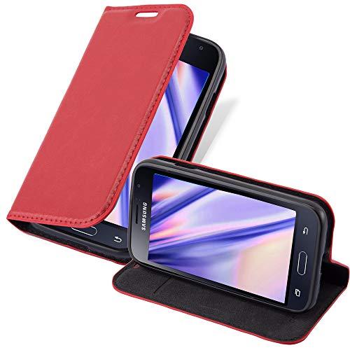Cadorabo Hülle für Samsung Galaxy J1 Mini 2016 in Apfel ROT - Handyhülle mit Magnetverschluss, Standfunktion & Kartenfach - Hülle Cover Schutzhülle Etui Tasche Book Klapp Style