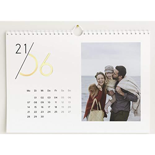 Fotokalender 2021 mit Veredelung in Gold, Jahreskalender, Wandkalender mit persönlichen Bildern, Kalender für Digitale Fotos, Spiralbindung, DIN A4 Querformat