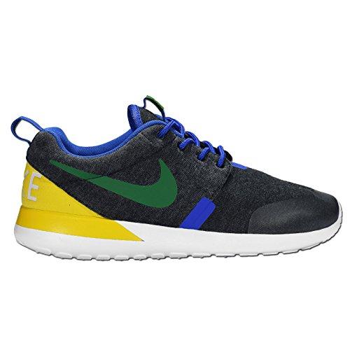 Nike - ROSHE RUN QS GS - WORLD CUP BRAZIL - Runner Low Top Sneaker - Gris
