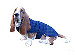 Black Watch Tartan dog coat. Shower-proof, machine-washable Poly Viscose outer with fleece lining. Small - Back Length 30cm - suitable for Jack Russell, Border Terrier, Pekingese or similar breed. Medium - Back Length 40cm - suitable for West Highlan...