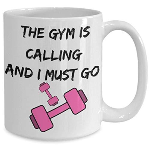 The Gym is Calling and Must Go - Taza de café para entrenamiento, diseño de mancuernas