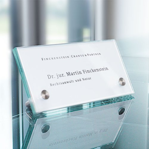 Namensaufsteller CRISTALLO, 2 x 4 mm ESG, 2 Halter à 10 mm, Maße: 20,0 x 7,0 x 4,4 cm