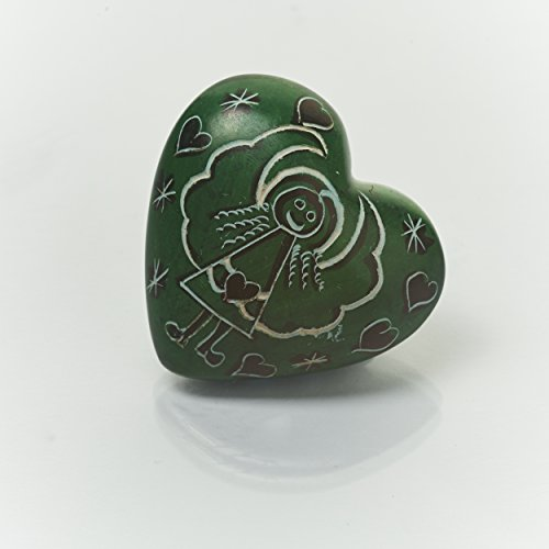 Handschmeichler Herz mit Engel Motiv, Schutzengel aus Speckstein ca. 4,0 cm, Farbe Grün - Handmade, jedes Teil ist ein Unikat. Handgefertigt in Kenia.