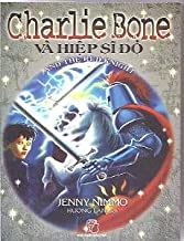Charlie Bone and the Red Knight (Children of the Red King) (Vietnamese Edition)