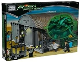 Mega Bloks Alien Agency The Arrival Hangar 18 Playset #5621, 390 Pieces