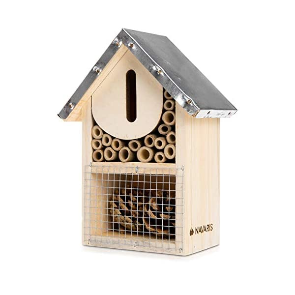 Navaris S Wooden Insect Hotel - 15 x 8 x 20 cm - Natural Wood Insect House - Garden Shelter Bamboo Nesting Habitat for Bees, Butterflies, Ladybirds