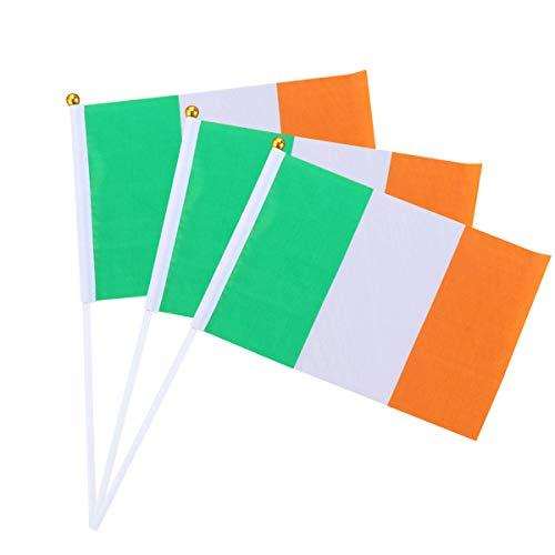 Amosfun 12 Piezas Bandera de Irlanda Bandera Irlandesa de Palo Bandera de Mano Mini para desfiles Festival del Mundial de Fútbol Eventos Decoraciones para Fiestas 14x21 cm