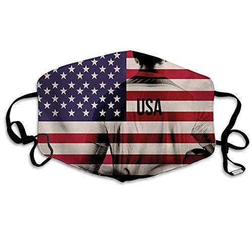 Bequeme Winddichte Maske, Fußball, zusammengesetztes Doppelbelichtungsbild eines Fußballspielers und der amerikanischen Flagge Usa Run, Beige Blue Red