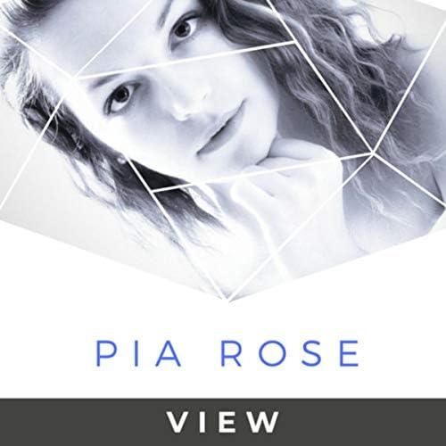Pia Rose