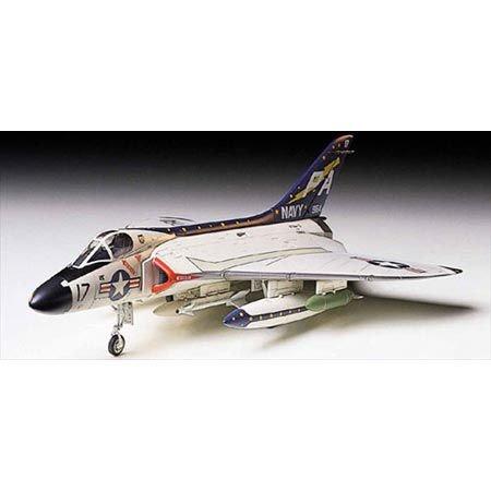 タミヤ 1/72 ウォーバードコレクション No.41 アメリカ海軍 ダグラス F4D-1 スカイレイ プラモデル 60741