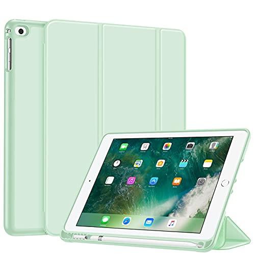 Fintie SlimShell fodral för iPad 9.7 2018 – Superlätt mjuk TPU-baksida skyddsfodral med inbyggd Apple Pencil hållare, bil sömn/vakna för iPad 6:e generationen, grön