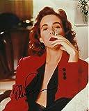 Signing Dreams Autographs Foto firmada por Elizabeth Perkins de 25,4 x 20,3 cm en color - Weeds - Los Picapiedra - Distribuidor en persona - Registrado por la UACC #242