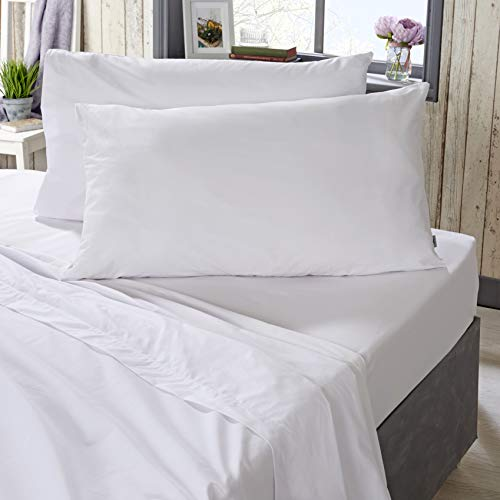The Bed Linen Store 200 Thread Count Easy Care Poly Cotton Plain Dye Fitted Sheet 32cm (12.6') Deep - 4 Colours (Double, White)