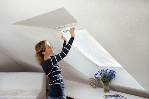 Fliegengitter für Dachfenster mit Gummizug