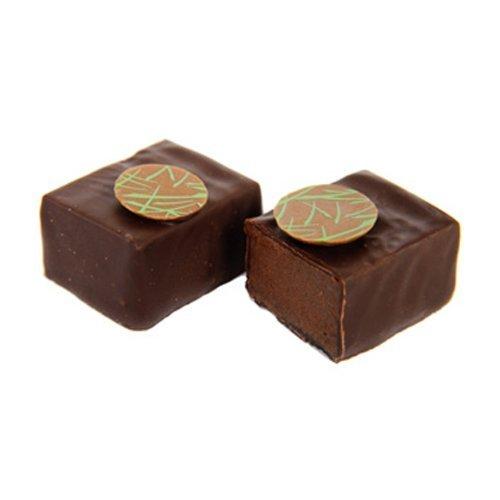 Pralinen - 1 kg Schachtel von 'Emma' - würzige dunkle Schokolade und würziger Ingwer Ganache aus Milchschokolade