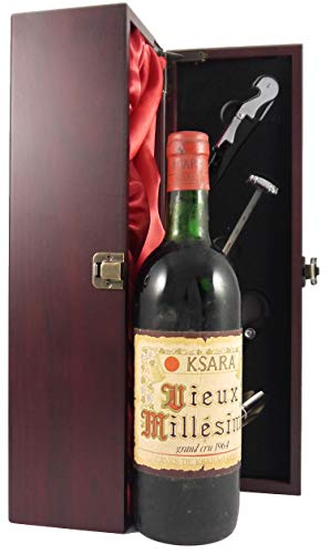 Ksara Vieux Millesime Grand Cru 1964 in einer mit Seide ausgestatetten Geschenkbox. Da zu vier Wein Zubehör, Korkenzieher, Giesser, Kapselabschneider,Weinthermometer, 1 x 750ml
