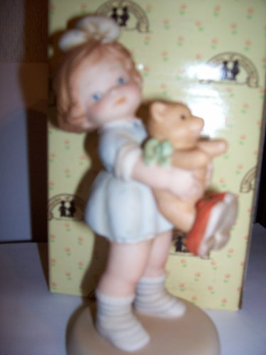 """Memories of Yesterday """"Time For Bed"""" Porcelain Girl With Teddy Bear Figurine"""