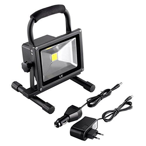 LE 20W LED Akkustrahler Baustrahler ersetzt 100W Halogenlampen 1400lm aufladbare Arbeitsleuchte wasserdicht Akkufluter Kaltweiß 6000K Handlampe mit Ständer Akkulampe