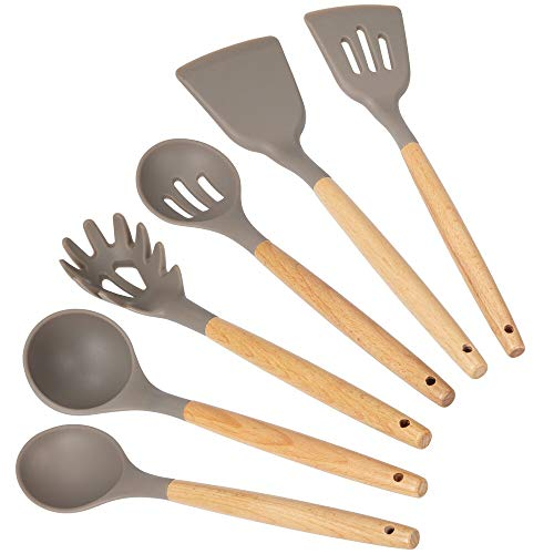 mDesign Juego de 6 utensilios de madera de bambú y silicona – Accesorios para cocinar para colgar – Set grande de espátula de cocina, cuchara, cucharón de sopa y cuchara para pasta – marrón/gris
