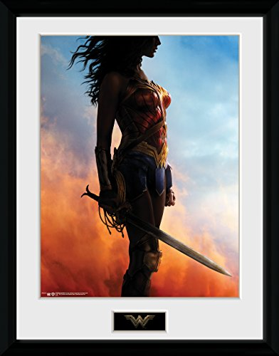 GB Eye LTD, Wonder Woman, Stand, Print Enmarcado 40 x 30 cm