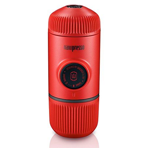 Wacaco Nanopresso Portable Espresso Maker, versión mejorada de Minipresso, cafetera de mano a presión de 18 bar, gadgets de viaje, de funcionamiento manual, compatible con café molido, perfecto para acampar (Edición Rojo Patrol)