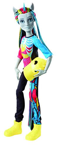 Monster High - Cbp33 - Poupée Mannequin - Neighthan