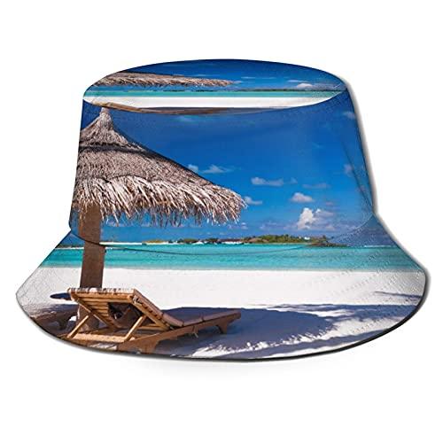 Sombreros de Cubo Plegables,Dos sillas y sombrilla en una Playa con sombr,Sombrero...