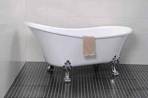 Freistehende Badewanne mit Klauenfüße