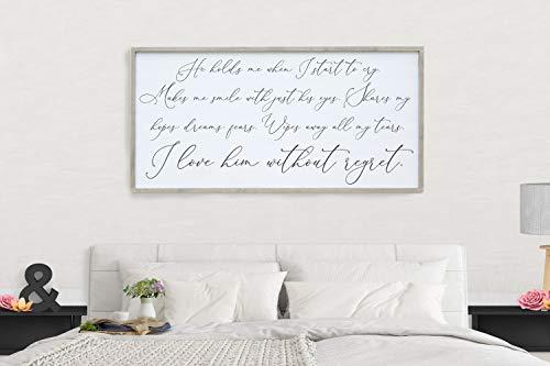 Placa emoldurada de madeira 30 x 55 cm Verso da Bíblia Impressível, Placa de Amor He Hold Me When I Start To Cry Bedroom Wall Art I Love Him Wedding Gift Rustic Farmhouse Decor Over The Bed Sign Anniversary