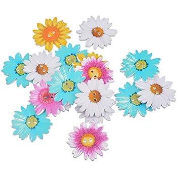 10 x PALE YELLOW Medium Size Flower Daiy Shape Buttons 20mm Wide FF7B