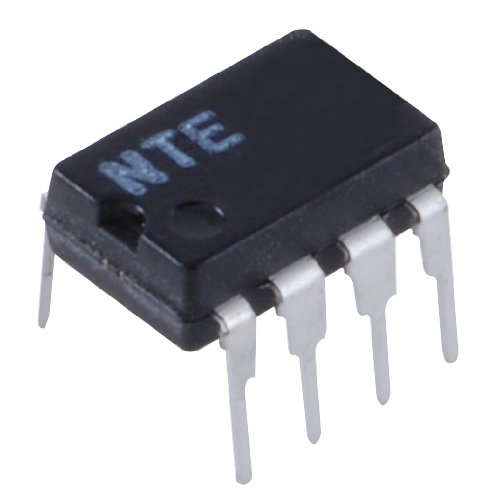 INTEGRATED CIRCUIT MULTIPLE CONTROL AMPLIFIER/COMPARATOR 8 LEAD DIP