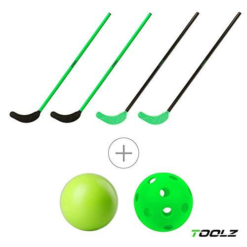 TOOLZ Hockey Set mit 4 Hockey Schlägern (108cm lang) + 1 Hockeyball gelocht + 1 Hockeyball PVC - Straßenhockey, Rollhockey, Hallenhockey, Schulhockey, Indoor & Outdoor geeignet