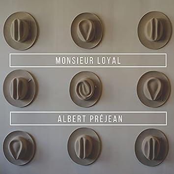 Souvenir: Monsieur Loyal