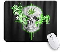 PATINISAマウスパッド マリファナの葉緑雑草大麻頭蓋骨ブラック ゲーミング オフィス最適 高級感 おしゃれ 防水 耐久性が良い 滑り止めゴム底 ゲーミングなど適用 マウス 用ノートブックコンピュータマウスマット