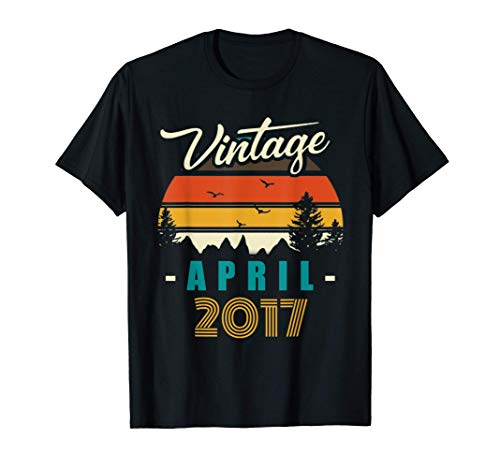 Vintage April 2017 Happy 4rd Birthday 4Years Old Funny T-Shirt