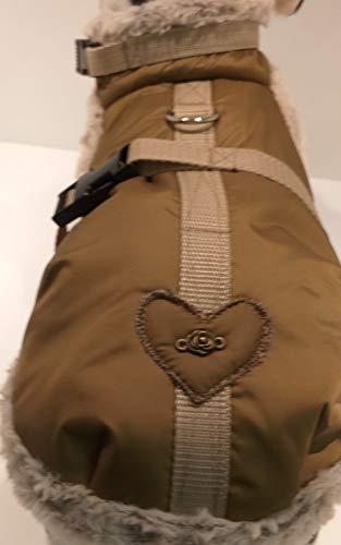 Masi Dogsdesign Wintermantel Hundemantel kleine Hunde Winterjacke wasserabweisender Stoff khakibraun Khaki braun Herz Hundegeschirr verstellbar warm weich gefüttert (M)