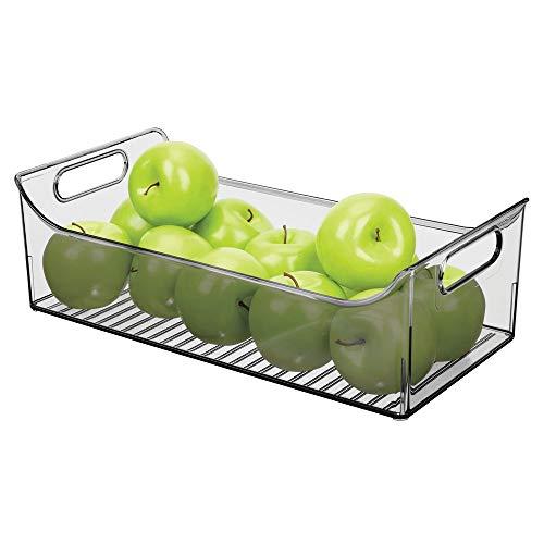 mDesign - clóset de plástico ancho para cocina, refrigerador o congelador, contenedor de almacenamiento de alimentos con asas, organizador para frutas, yogur, aperitivos, pasta, última intervensión de BPA, 16 pulgadas de largo, Humo, Paquete de 1