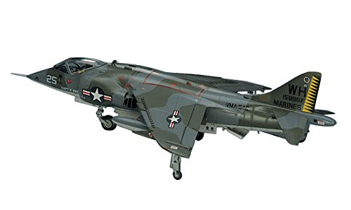 ハセガワ 1/72 アメリカ海兵隊 AV-8A ハリアー プラモデル B10