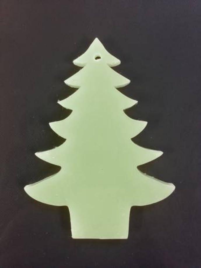 動作メトロポリタン落花生GRASSE TOKYO AROMATICWAXチャーム「ツリー」(GR) レモングラス アロマティックワックス グラーストウキョウ