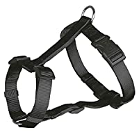 Fully adjustable chest and belly straps Classic, high-quality and extremely durable nylon straps Easy to adjust to the size of your dog's chest and stomach Steel hoop to connect to the leash Very comfortable and easy to get a great fit for your dog