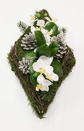 HIKO-EVENTDEKO Grabgesteck Nr.12 Raute aus Moos und Weide mit Orchideen und Tanne Totensonntag, Allerheiligen, Grabschmuck, Gedenktag, Trauertage, Gesteck 45 x 23 x 16 cm