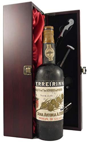 Ferreirinha Principe de Galles Vintage Port 1950's Dona Antonia A Ferreira en una caja de regalo forrada de seda con cuatro accesorios de vino, 1 x 750ml