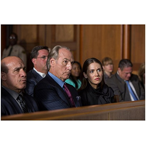 Craig T. Nelson 8 inch x 10 inch Photograph Get Hard (2015) Seated Between Paul Ben-Victor & Alison Brie kn