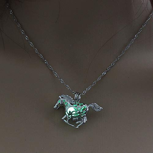 Dfgh Maan Glowing Ketting Gem Charm sieraden verzilverd Vrouwen Halloween Hanger Hollow Luminous stenen hanger ketting Gifts (Metal Color : Horse Green)