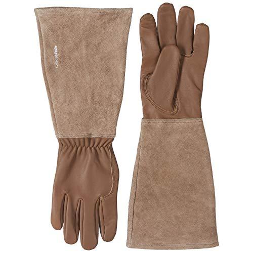 AmazonBasics - Guantes de jardinería, de piel, protege contra espinas, con protección de antebrazo, marrón, talla M