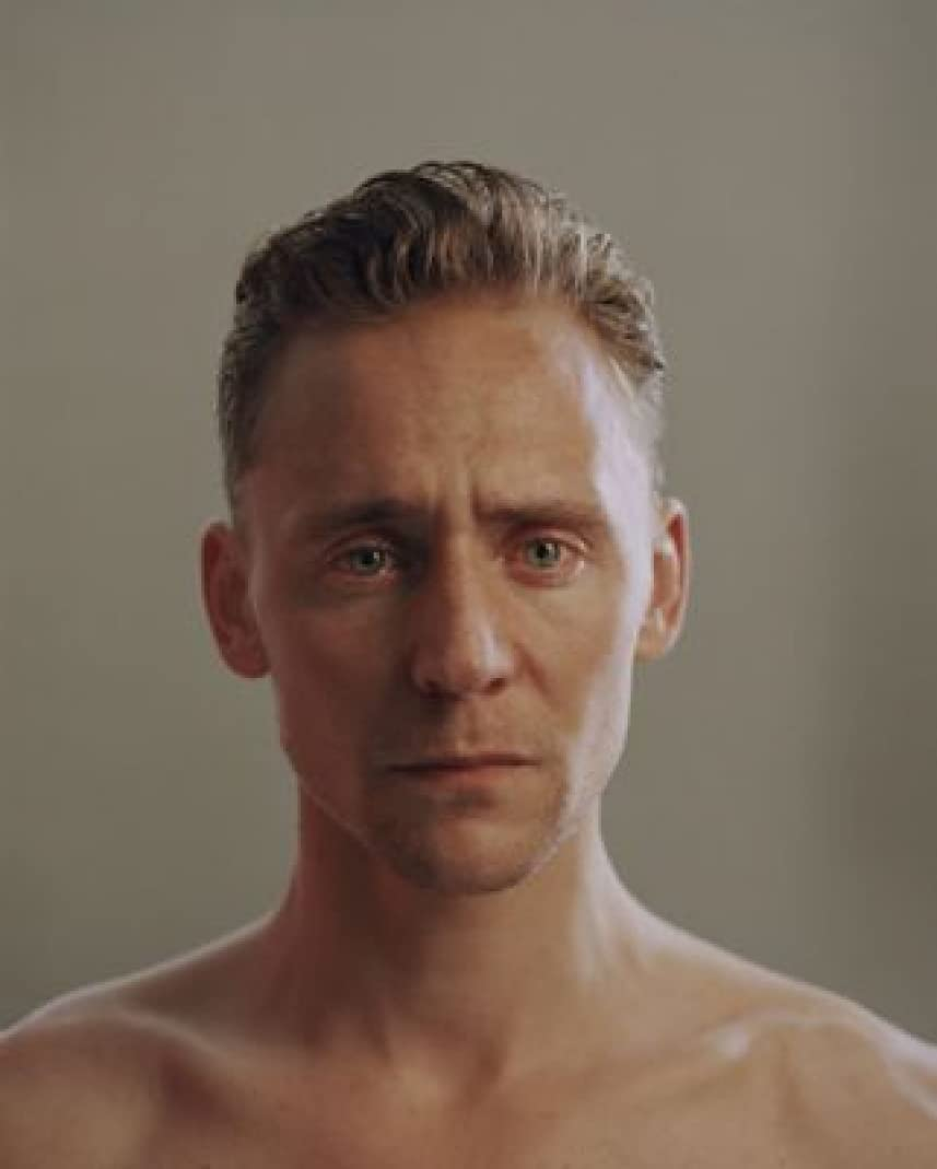 Tom Hiddleston Max 58% OFF - Excellence 36X48 Rare FCA Poster Print #IDP611277