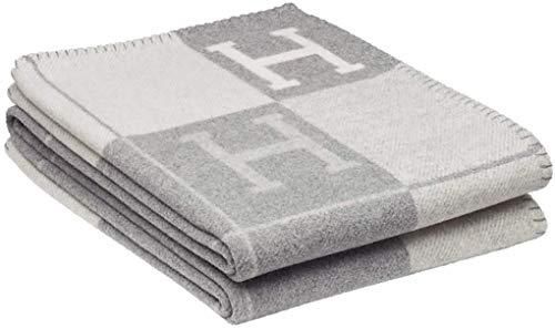 Petpany Blanket Fashion Knitted Large Super Soft Flying Thread Throw Wool & Cashmere Blanket for Adults Yarn Dyed Plaid Blanket,Gray-style2,130x180cm