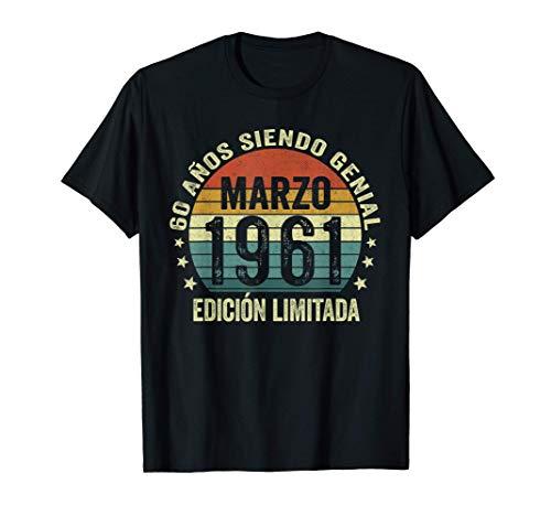 Nacido En Marzo 1961 Hombre Mujer 60 Años Cumpleaños Camiseta