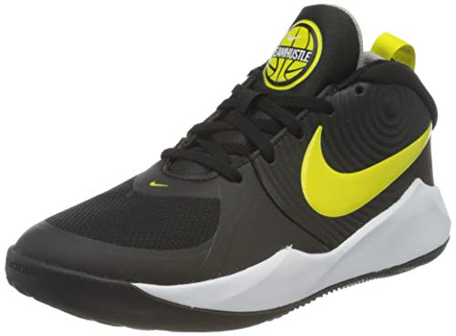 Nike Team Hustle D 9 Basketball Shoe, Black/High Voltage-Light Smoke Grey, 40 EU